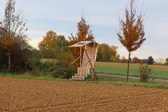 Krzesło w polach, Niemcy Obraz Stock