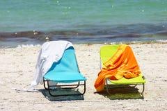 krzeseł plażowych ręczników Obrazy Stock