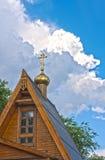 Krzyż kościół z chmur tłem Zdjęcie Stock