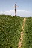 krzyż prowadzi ścieżkę drewniany Obraz Stock