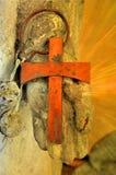 Krzyż w ręce Zdjęcia Stock