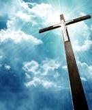 Krzyż w sunrays fotografia stock