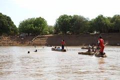 Krzyżować rzekę Fotografia Royalty Free