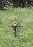 Krzyżuje który zaznacza pogrzeb zdjęcia royalty free