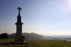 Krzyż na wzgórzu Zdjęcie Royalty Free
