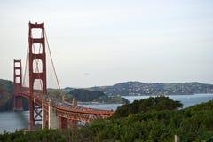 Krzywa Golden Gate Bridge widok Marin okręg administracyjny Zdjęcia Stock