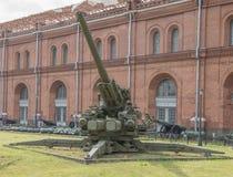 KS-30 130 mm高射炮(1952) 重量, kg :枪- 23500, 免版税库存照片