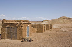 Ksar Ait Ben Haddou osamotneni wzgórza, Maroko Obraz Royalty Free