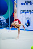 Kseniya Moustafaeva presteert met lint Royalty-vrije Stock Afbeeldingen