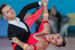 Ksenzhik Pavel e programa padrão de Stanislavchik Mariya Perform Youth-2 Imagem de Stock