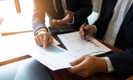 Księgowość konsultant, doradcy gospodarczego konsultanta Pieniężnego planowania Pieniężny planowanie zdjęcie stock