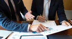 Księgowość konsultant, doradcy gospodarczego konsultanta Pieniężnego planowania Pieniężny planowanie obraz royalty free