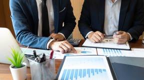 Księgowość konsultant, doradcy gospodarczego konsultanta Pieniężnego planowania Pieniężny planowanie zdjęcia stock