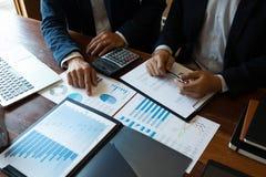 Księgowość konsultant, doradcy gospodarczego konsultanta Pieniężnego planowania Pieniężny planowanie zdjęcia royalty free