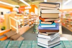 książek biblioteki stół Fotografia Stock
