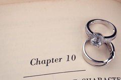 książka dzwoni ślub zdjęcie stock