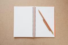 książka odizolowywająca notatka Fotografia Royalty Free