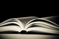 książka otwierał Obrazy Stock