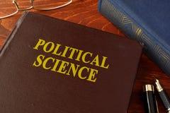 Książka z tytułową nauki polityczne Obraz Stock