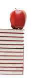 książki jabłczana sterta zdjęcia royalty free