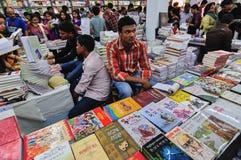 Książki wystawiać przy Kolkata targi książki - 2014 Obrazy Stock