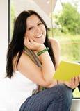 książkowa czytelnicza kobieta Zdjęcie Royalty Free