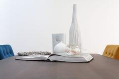 książkowe stołowe wazy Zdjęcia Stock