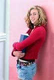 książkowej dziewczyny wysoka mienia szkoła zdjęcie royalty free