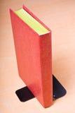 książkowej podpórki oparta czerwień Zdjęcia Stock