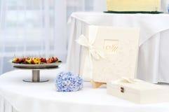 książkowy gościa stołu ślub zdjęcia stock