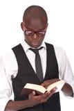 książkowy mienia mężczyzna czytanie fotografia stock