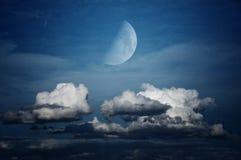 Księżyc i Cloudscape zdjęcie royalty free