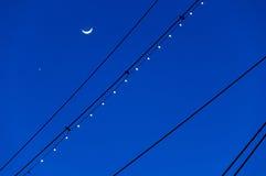Księżyc i Wenus sylwetkowi z masztami USS Conste, Obrazy Royalty Free
