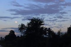 Księżyc na zmierzchu Fotografia Stock