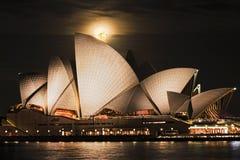 Księżyc Sydney opery woda 120mm Obrazy Stock