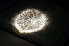 księga światła otwarte Zdjęcie Royalty Free
