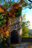 Ksiaz slott i höst Arkivfoto