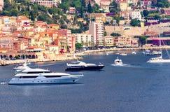 Küstenlinie in Nizza, Frankreich Lizenzfreie Stockfotografie