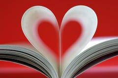 kształtujący książkowy serce Zdjęcia Royalty Free