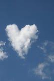kształtujący obłoczny serce Zdjęcia Stock