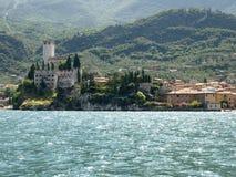kształtuje powierzchnię del Garda riva serii Obrazy Royalty Free