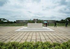 KTAUK KYANT, MYANMAR - 29. JULI: Kriegsgräber am Kriegskirchhof Htauk Kyant am 29. Juli 2015 in Ktauk Kyant, Myanmar Der Kirchhof Lizenzfreie Stockfotos