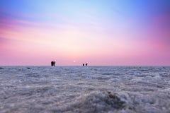 Ku的了不起的兰恩的多彩多姿的日落风景剪影 库存照片