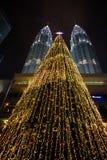 KUALA LUMPUR - 26 DICEMBRE: Torri di Petronas Immagini Stock