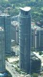 KUALA LUMPUR, MALÁSIA - 12 de abril de 2015: A vista surpreendente do painel de vidro da ponte do céu encontrou 170 medidores aci Fotografia de Stock Royalty Free