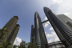KUALA LUMPUR, MALÁSIA, o 13 de dezembro de 2017: As torres gêmeas de Petronas Foto de Stock Royalty Free