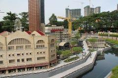 Kuala Lumpur, Malaisia - 13 ottobre: Frammento grande grande Maket Via, porto e costruzioni dei gemelli Immagine Stock