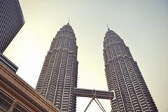 KUALA LUMPUR, MALAISIE - 22 juillet : Tours jumelles de Petronas le 2 juillet Photographie stock