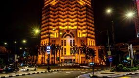 KUALA LUMPUR, MALAISIE - 15 mai 2018 : laps de temps 4K de Kuala Lumpur Public Bank Bulding banque de vidéos