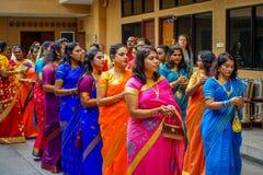 Kuala Lumpur, Malaisie - 9 mars 2017 : Personnes non identifiées dans une célébration indoue traditionnelle de mariage L'hindouis Image libre de droits